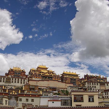 噶丹·松赞林寺
